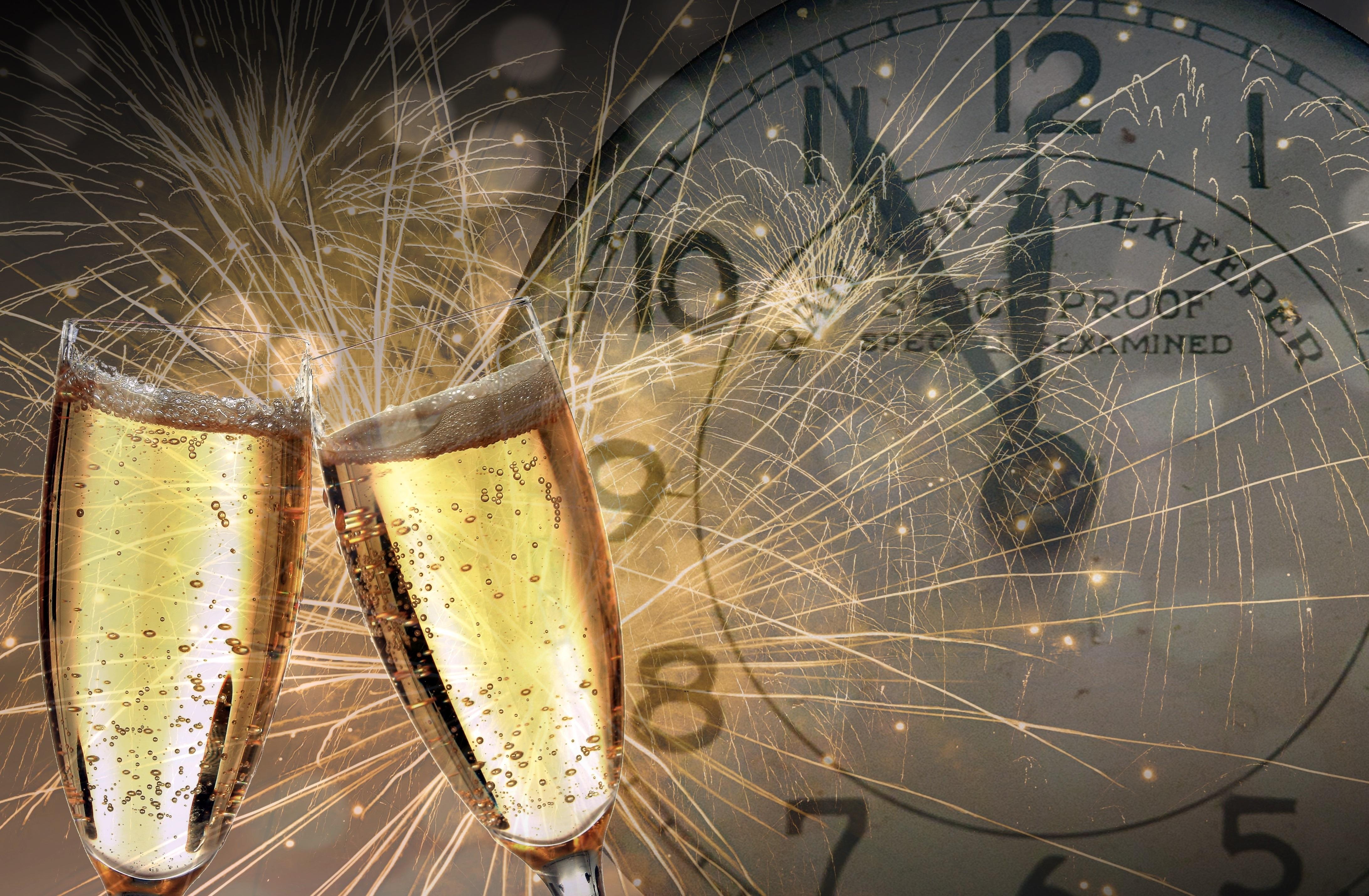 New years eve 3891889 original 363508