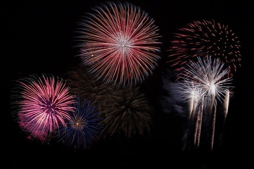 Koehlers forsthaus silvester heiko steina auf pixabay fireworks 879461 500 original 401291