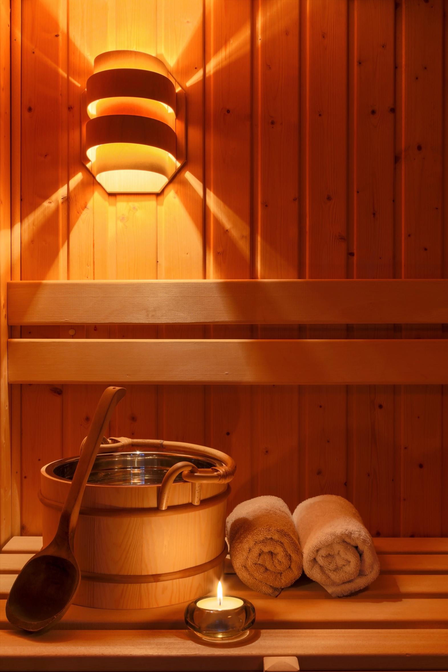 Sauna gina sanders