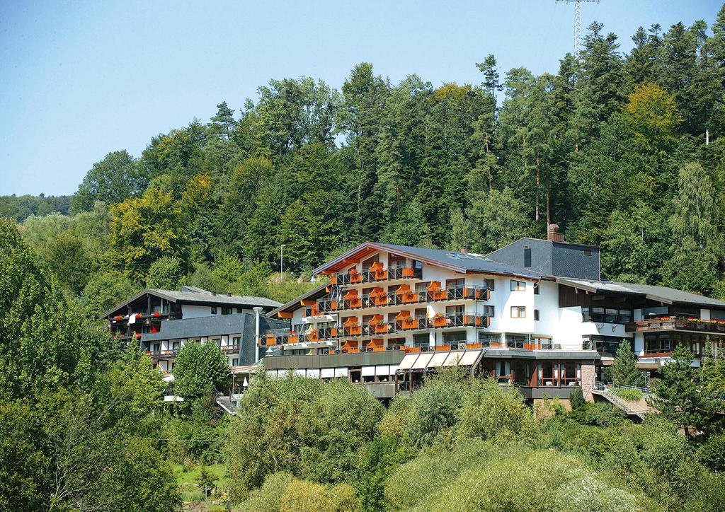 Unterreichenbach aussenansicht 2010 original 199745