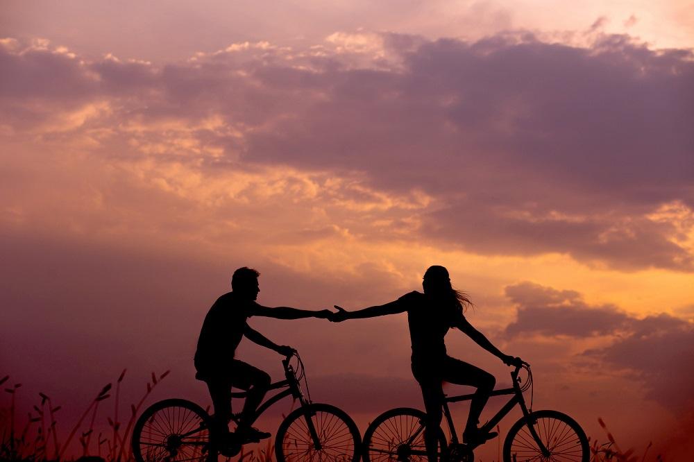 Fahrrad sonnenuntergang personen